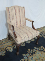 mahogany-heritage-chair