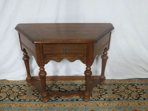 ethan-allen-oak-feudal-table