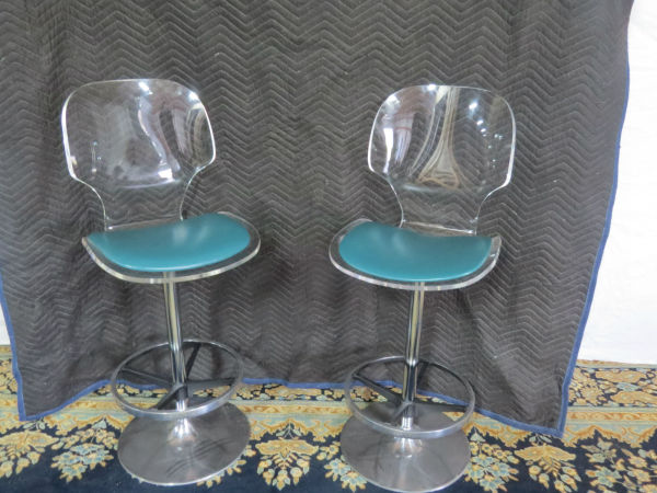 hill-manufacturing-retro-bar-stools