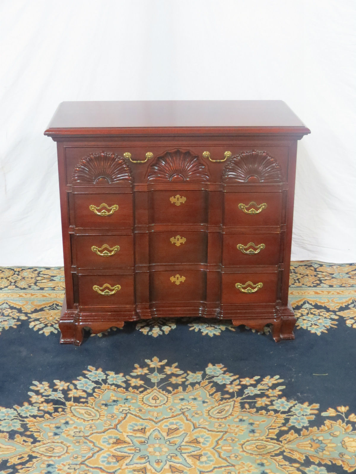 Thomasville Mahogany Blockfront Chest Casey And Gram